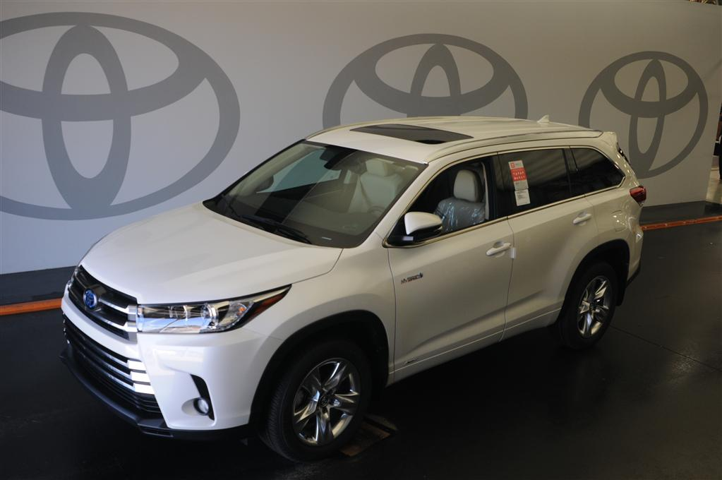 new 2017 toyota highlander hybrid limited awd limited 4dr suv in savannah s024369 savannah toyota. Black Bedroom Furniture Sets. Home Design Ideas