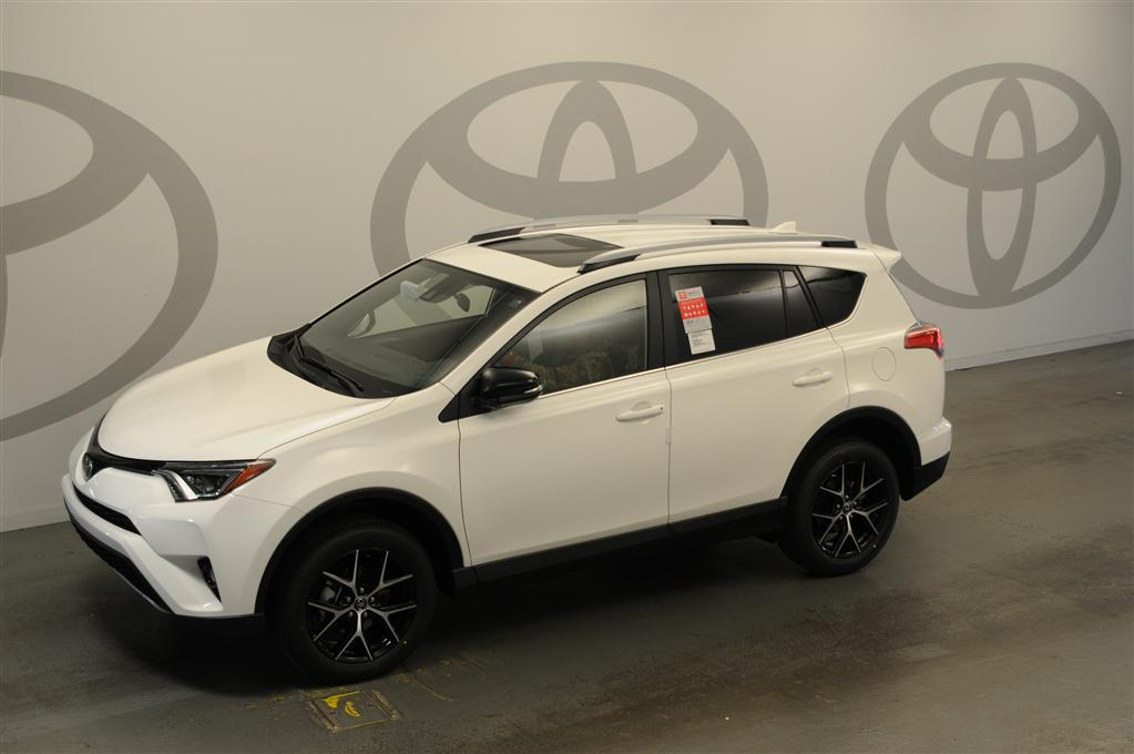 new 2017 toyota rav4 se se 4dr suv in savannah j705743 savannah toyota. Black Bedroom Furniture Sets. Home Design Ideas